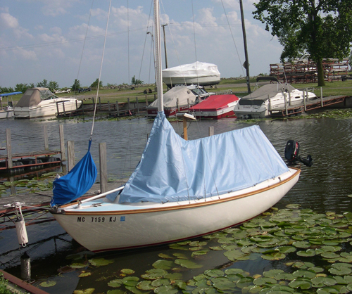 Cape Dory 19 Daysailor Cockpit With Sail Cover