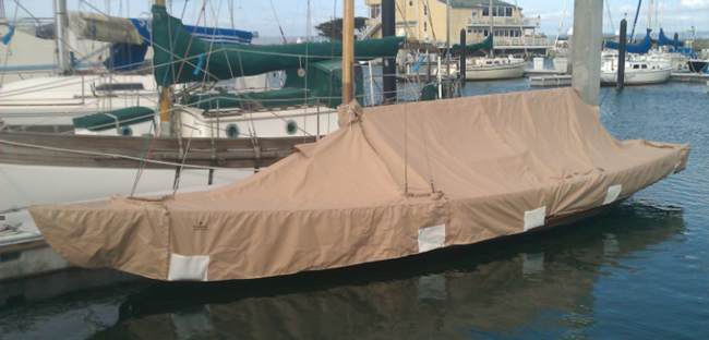 Knarr Skirted Mooring Cover