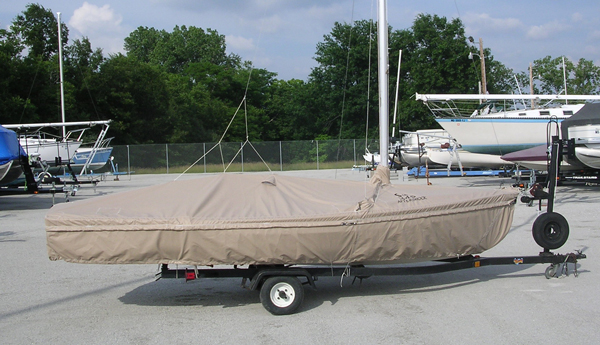 Sweet 16 Skirted Trailing/Mooring Cover