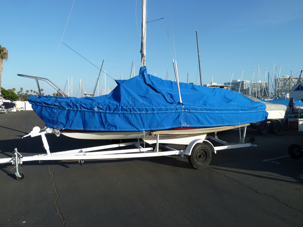 Venture 21 Skirted Mooring Cover